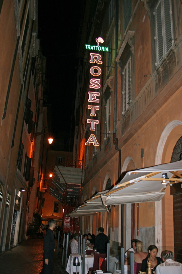 Ristorante La Rosetta, steps from the Pantheon.