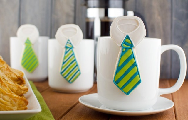 Hanging mug necktie cookies Photo courtesy of  semisweetdesigns.com