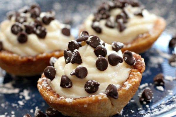Mini Cannoli Cream Cups, recipe here.