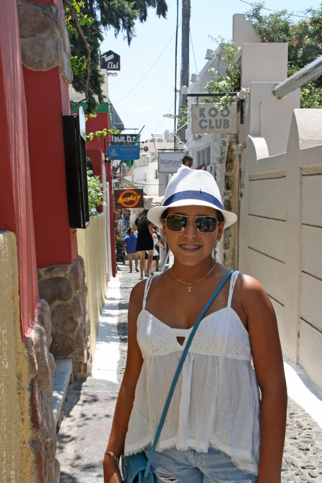 Strolling through Fira