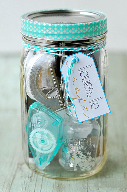 Crafts in s Jar, click here.