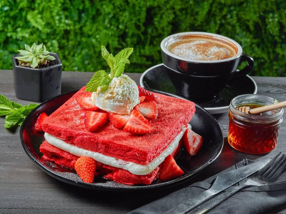 Red Velvet Pancakes